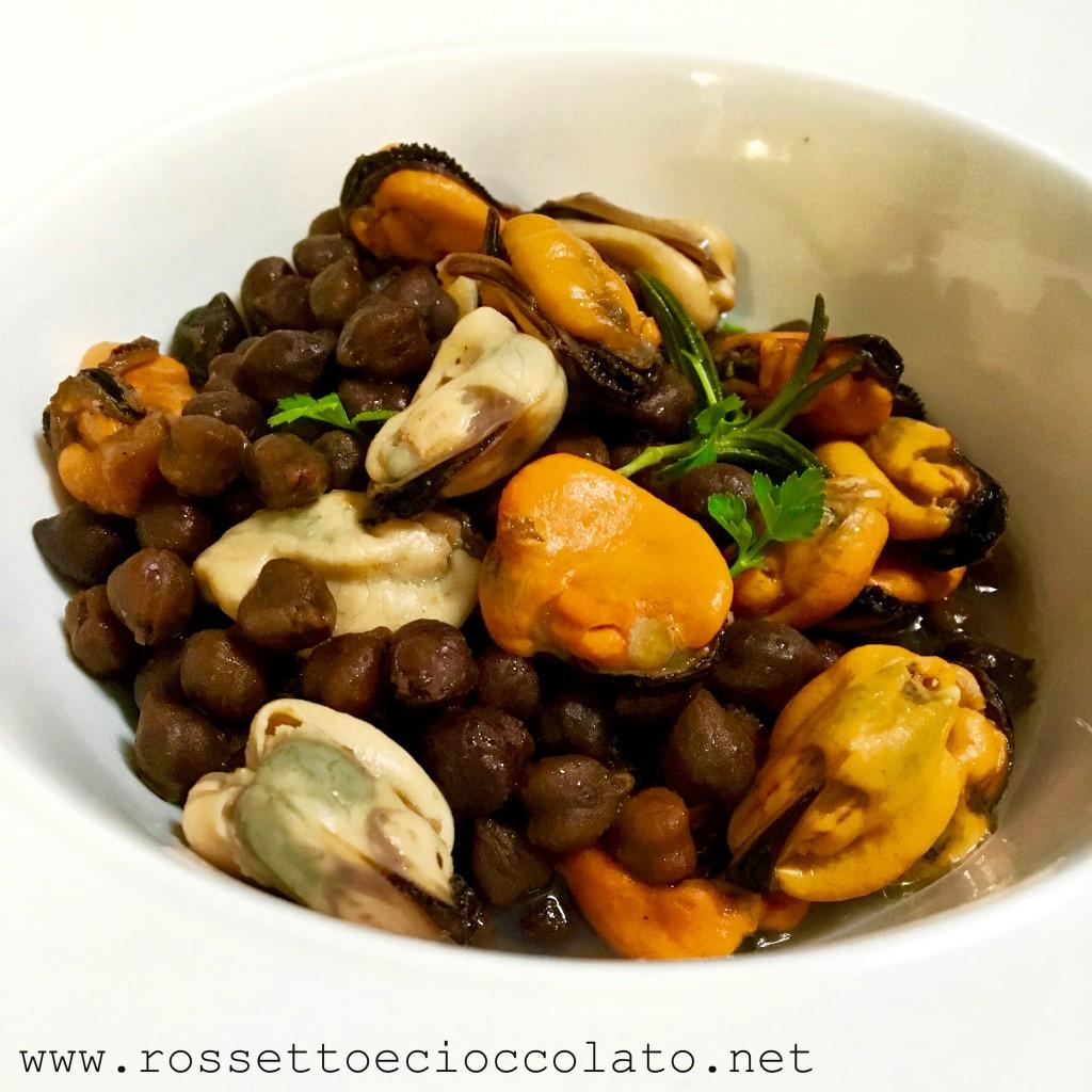 2) insalata di ceci nere e cozze