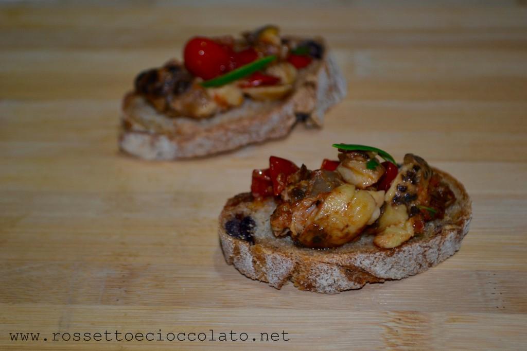 5-bruschetta-con-funghi-al-pomodoro