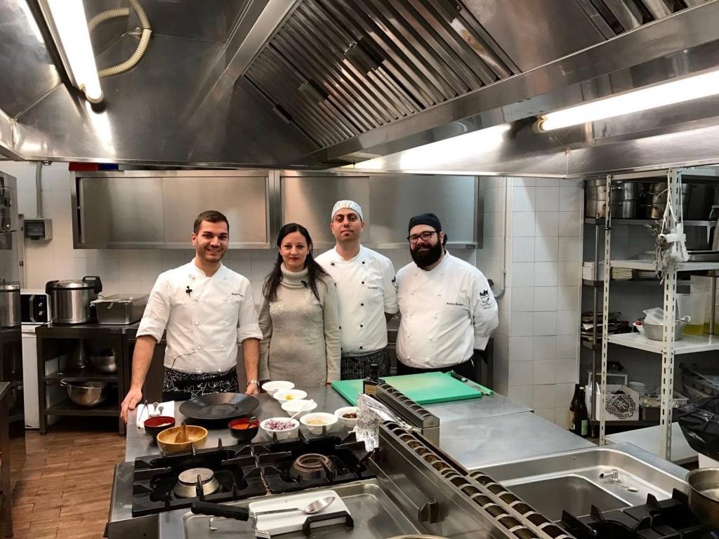 La brigata di cucina del Ristorante Grecale