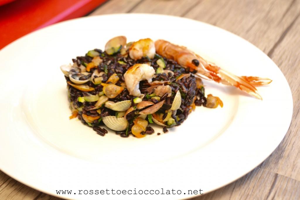 1 Riso nero con vongole scampi e zucchine